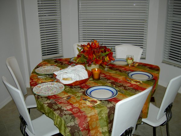Table's ready, the butterhorns are there  =)