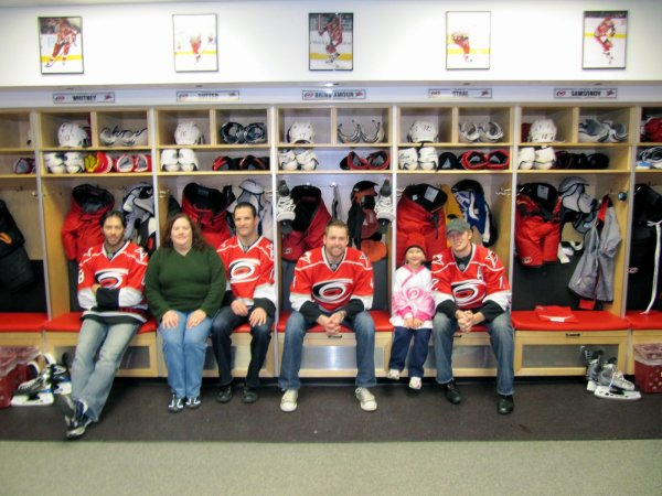 Matt Cullen, Cynthia, Stephan Yelle, Aaron Ward, Stephanie, and Eric Staal